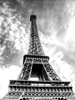 Eiffel tower - HDR - Black and white
